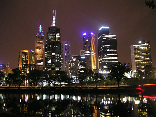 melbourne yarra night